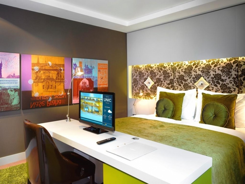 8 colorful hotel design examples that make a difference for 8 design hotel