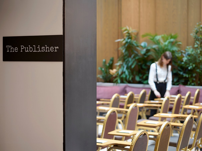 hotel signage hotelier academy
